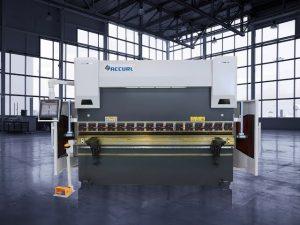 135 tons CNC hydraulisk trykbremse