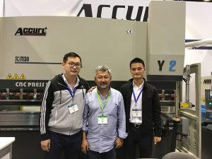 Accurl deltog i Chicago Machine Tool og Industrial Automation Exhibition i 2016