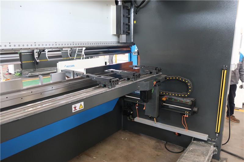 BGA-4 til X og R-Axis CNC Backgauge