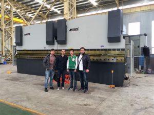 Vietnam kunder besøger vores fabrik