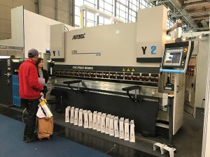 cnc hydraulisk plade bøjningsmaskine tegning trykbremse med god service