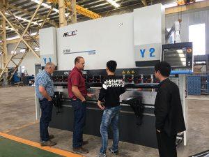 rustfri stålplade cnc trykbremse maskine pris til salg